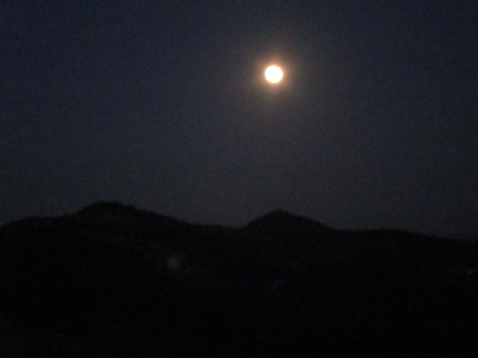 111-hike-moonlight